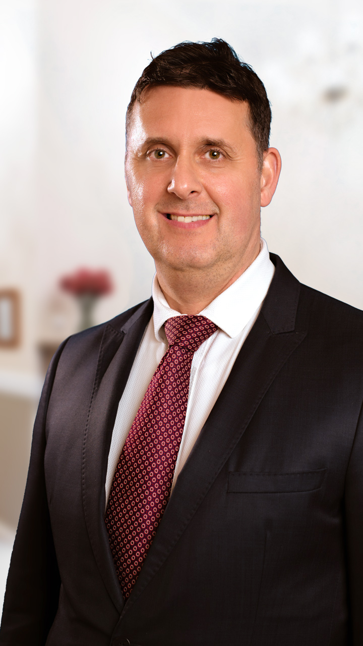 Dr. Pataki Zsolt
